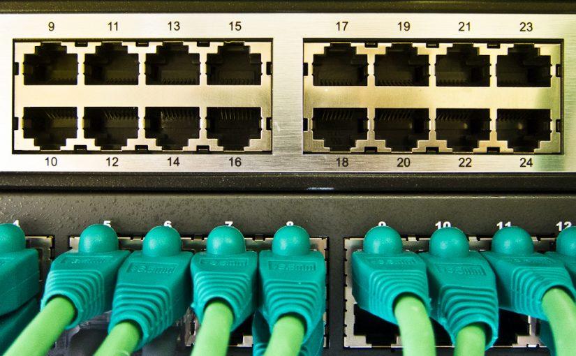 大きいデータを安心して送受信できるlanケーブル